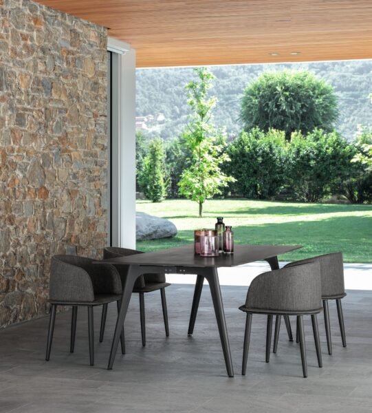 Cleo//Alu 220×100 Dining Table 1