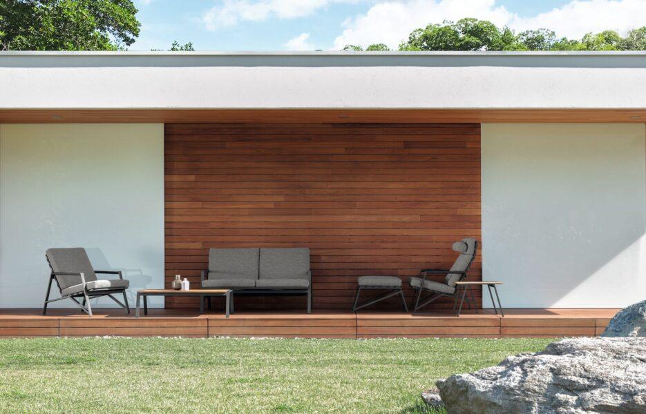 Cottage Sofa 1