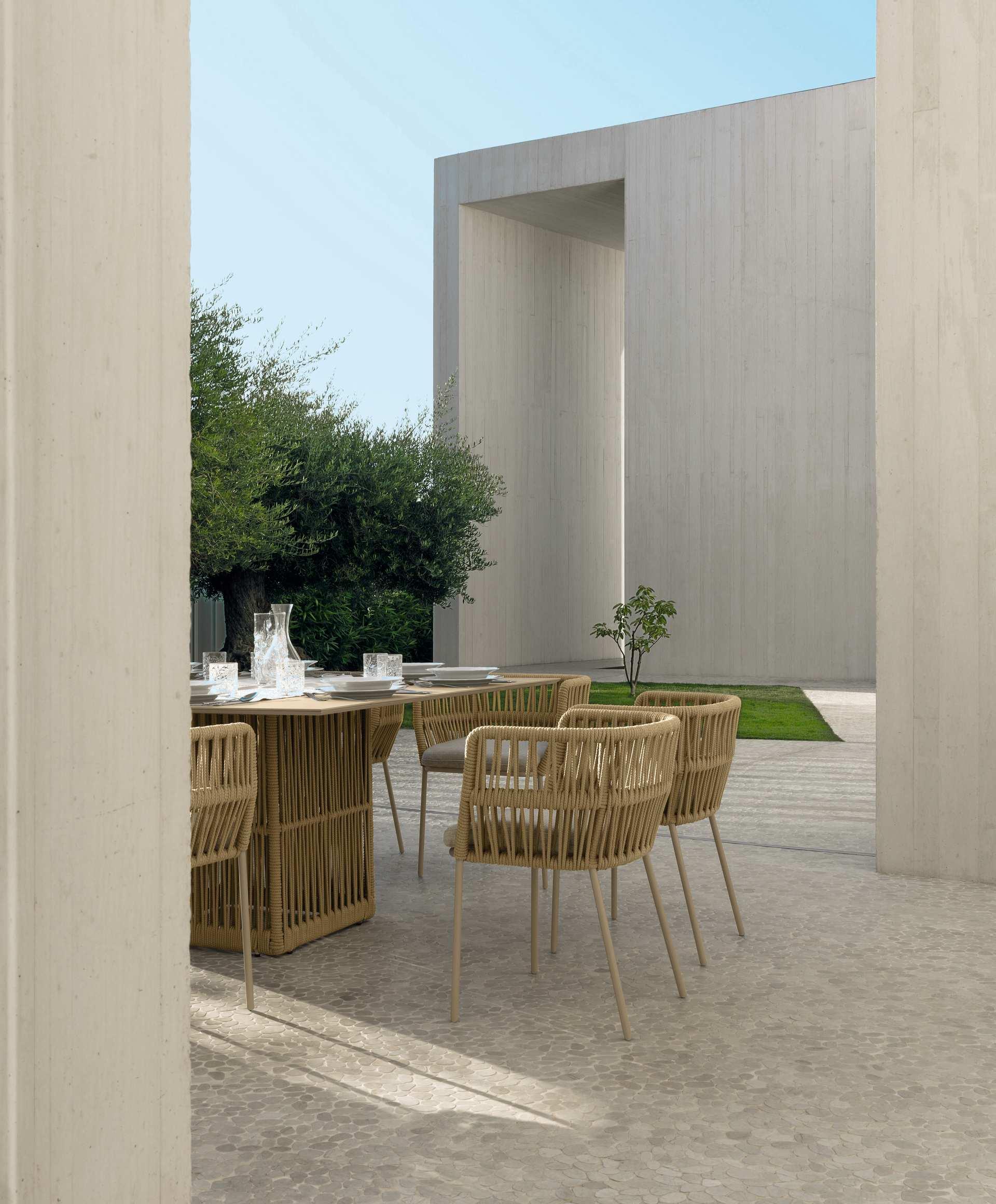 Cliff 240 300 100 Extendable Dining Table Italian Garden Furniture Talenti