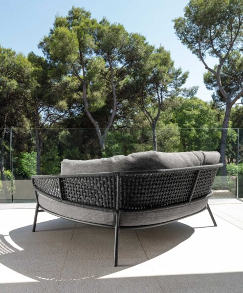 Moon//Alu Daybed 1