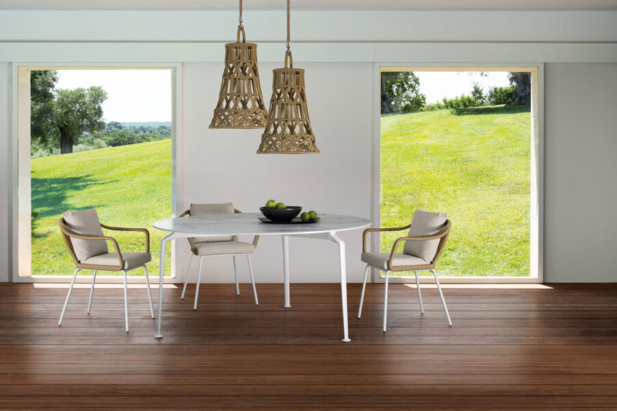 Cruise//alu 150×150 Dining table 5