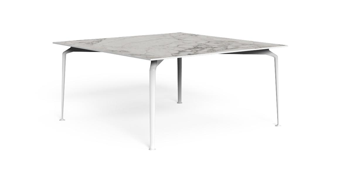 Cruise//alu 150×150 Dining table